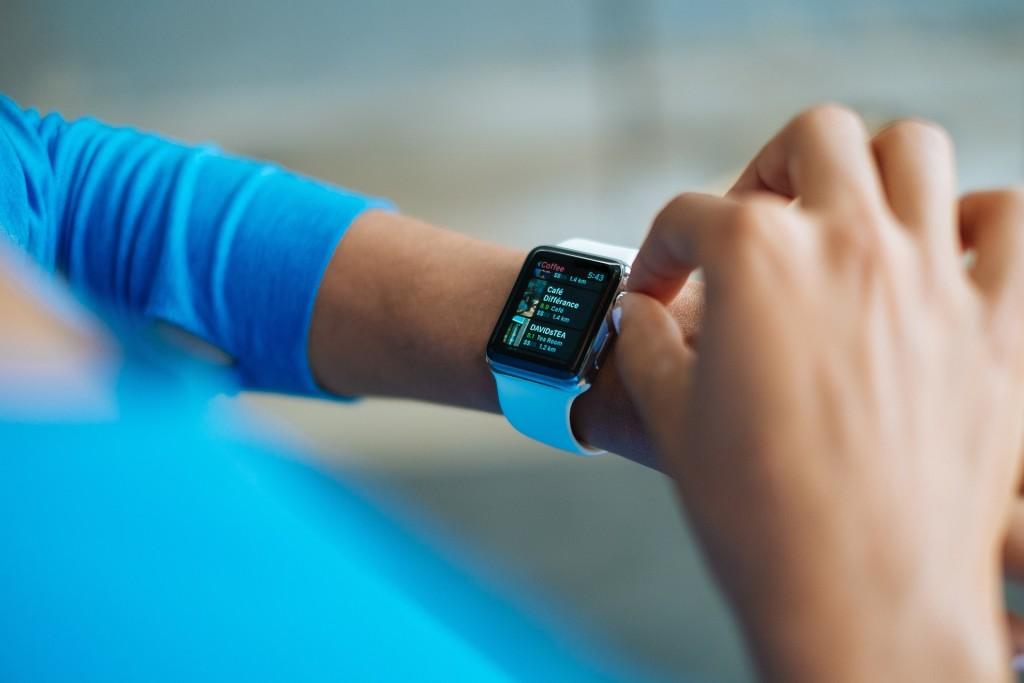 smart-watch-821571_1920
